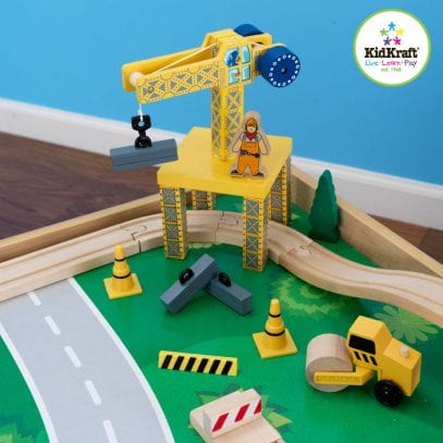 Kidkraft-waterfall-mountain-trainset-and-table