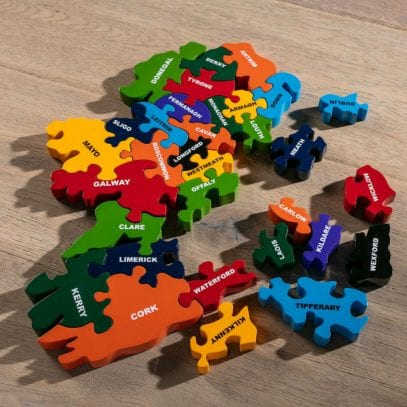 Wooden-Jigsaw-Map-Of-Ireland-for-preschoolers