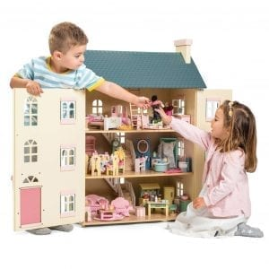 Le Toy Van Cherry Tree Dollhouse with 6 Furniture sets and Family