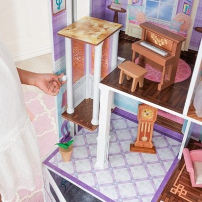 kidkraft-country-estate-dollhouse-2
