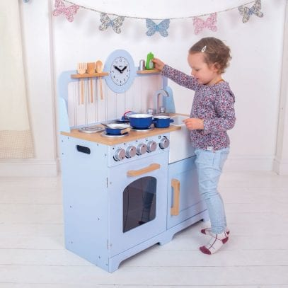 Country-Play-Wooden-Kitchen-Tidlo-1
