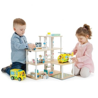 Hospital-Playset-with-Accessories-3