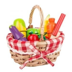 Picnic Basket with Cuttable Fruits