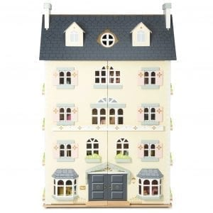 Le Toy Van Palace Dollhouse with Family and Furniture