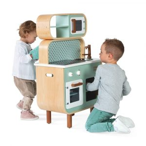 Janod Reverso wooden play kitchen